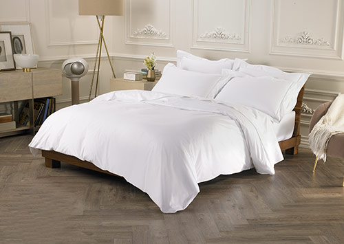 Sofitel Bed \ White Sateen Bedding Set | Hotel Mattresses, Bedding